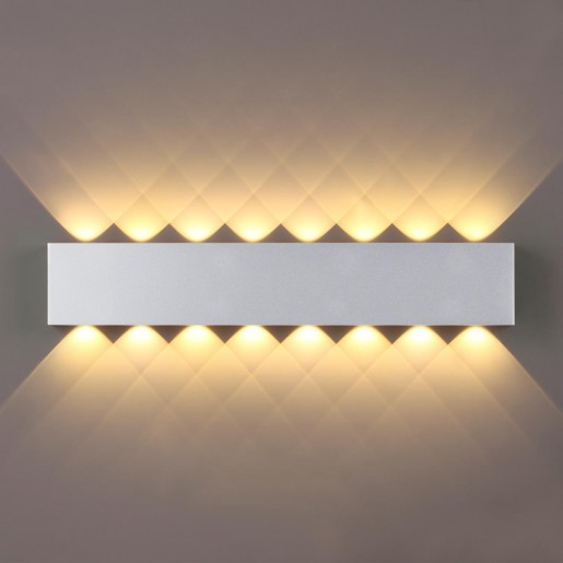 4217/16WL HIGHTECH ODL21 серебр/металл Настенный светильник IP20 LED 16W 1754Лм 3000K MAGNUM